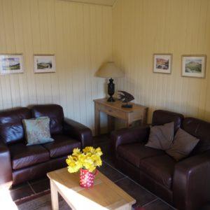 Sitting-room-ANC-Daffodils